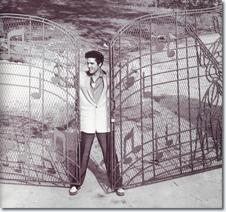 Elvis Presley Graceland Quiz 2 15 Questions Elvis