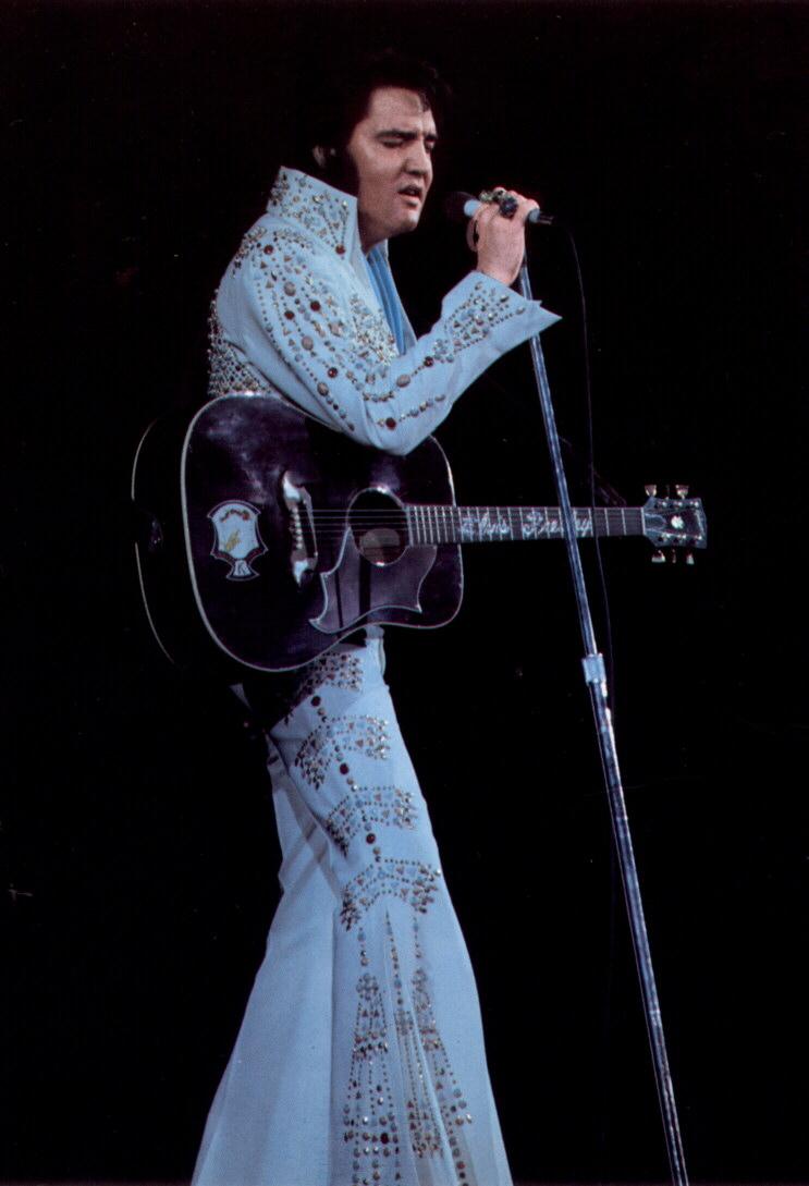 elvis presley 1973 rare april suit outfits stage concert jumpsuits vegas thunderbird history jumpsuit concerts outfit costume 1975 king 1972