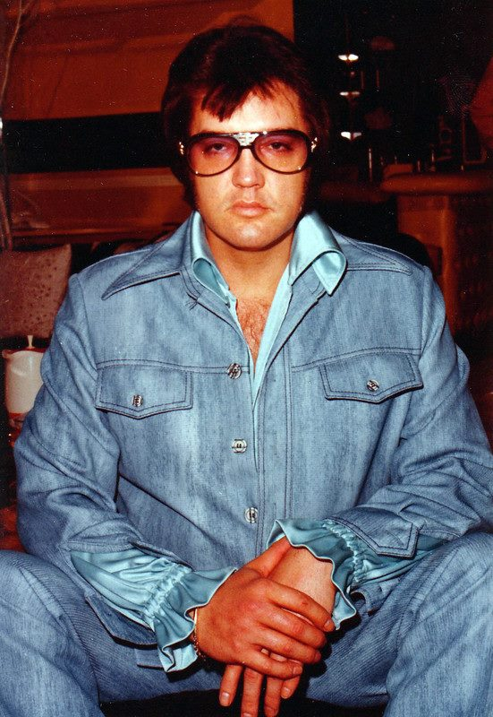 OCTOBER 30, 1976 – What would prove to be Elvis Presley's final studio  recording session was held at his Graceland mansion – Elvis Presley